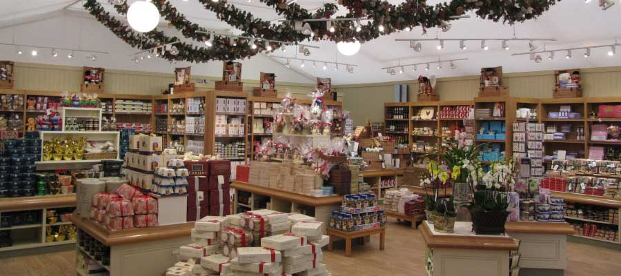 Retail Venues Pop Up Shops Christmas Merchandise Temporary Seasonal