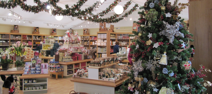 Retail Venues Pop Up Shops Christmas Merchandise