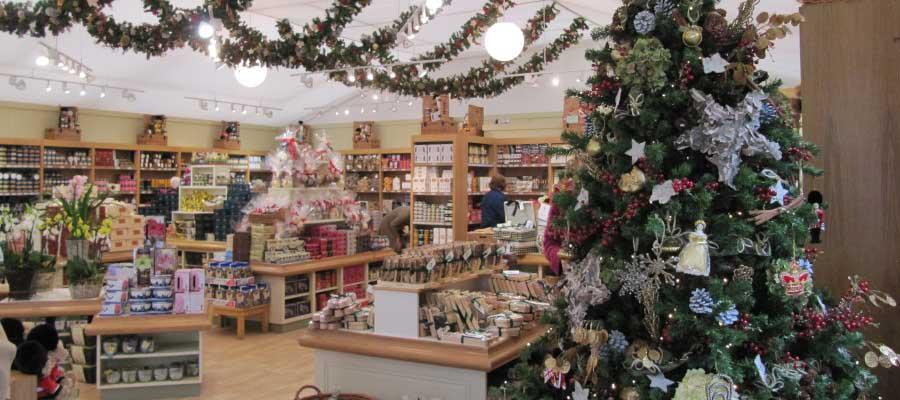 Retail Venues Pop Up Shops Christmas Merchandise